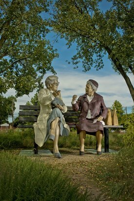 Image of Seward Johnson's 'Crossing Paths'