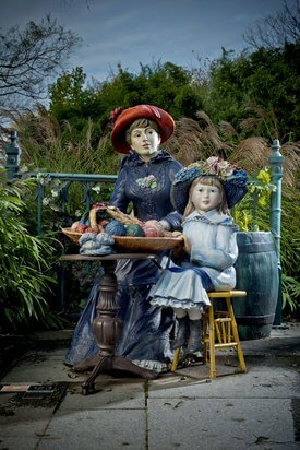 Image of Seward Johnson's 'Family Secret'